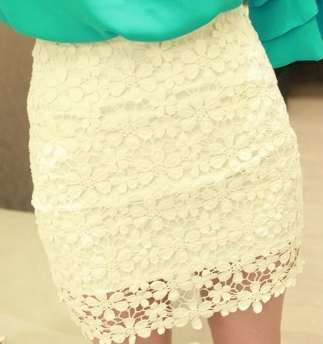 White High Waisted Lace Mini Skirt