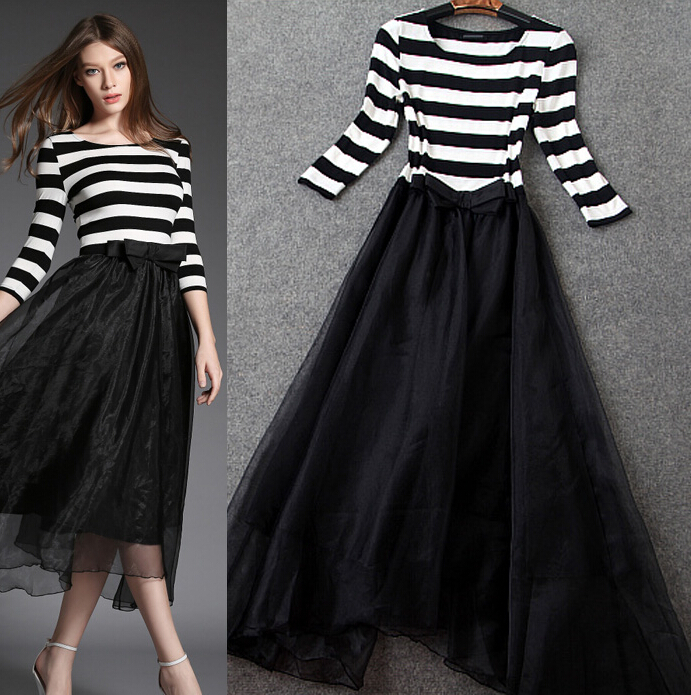 Classic black and white stripes round collar together cultivate one's morality long dress