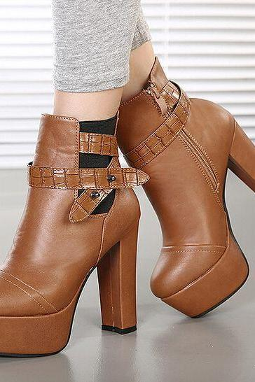 Stylish Chunky Heel Brown Boots